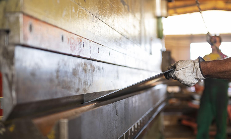 Parco macchine SALL lamiere e acciai pressa piegatrice